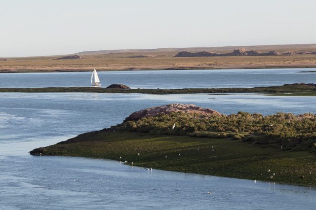 Deseado estuary
